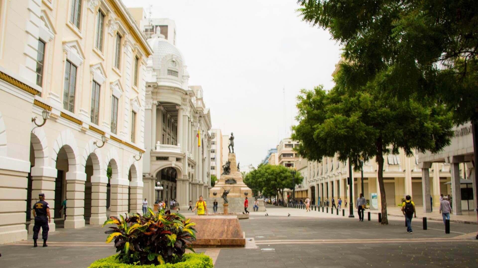 Straat in het centrum van Guayaquil in Ecuador