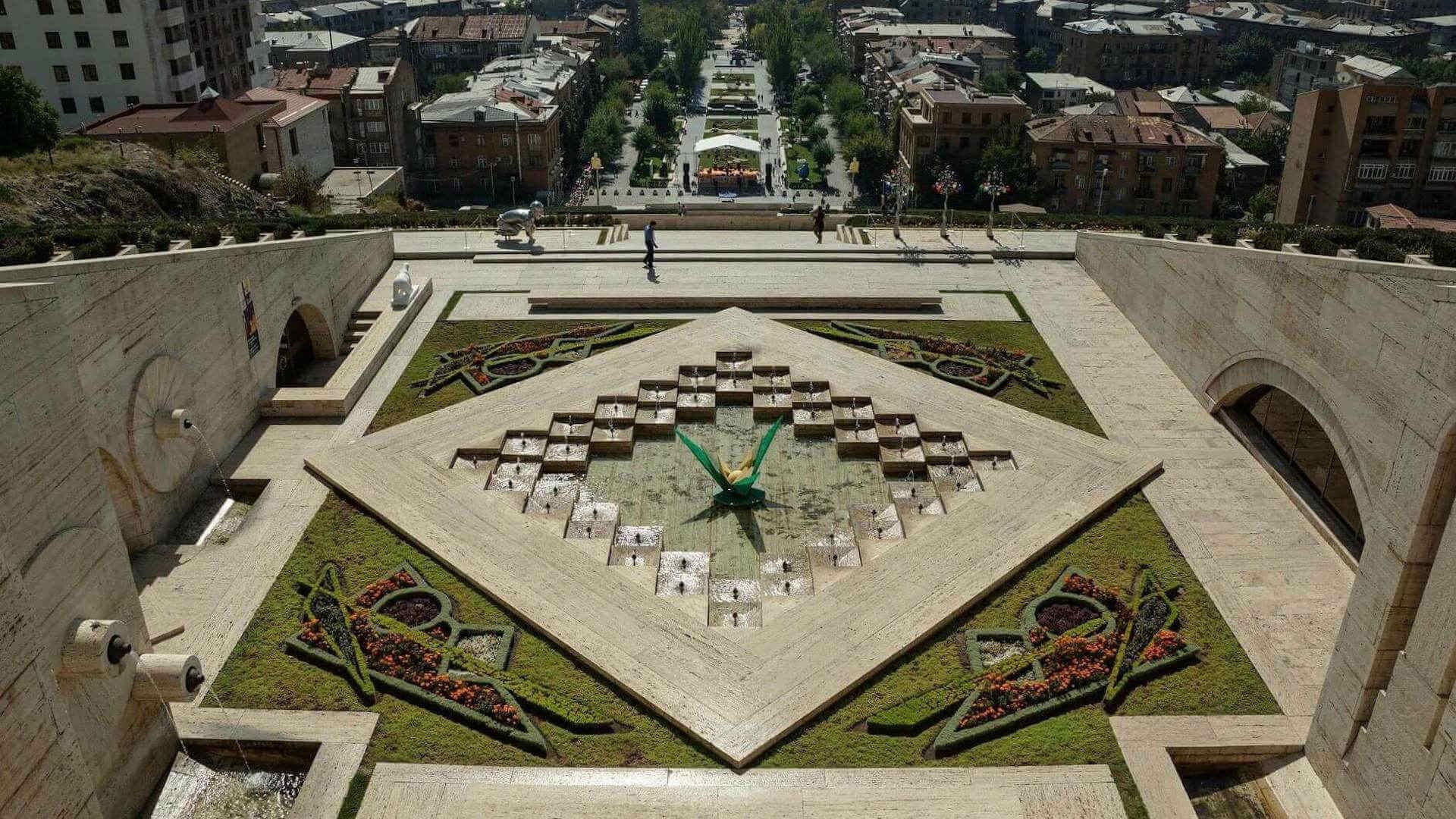 Uitzicht op Jerevan vanaf het Cascade complex