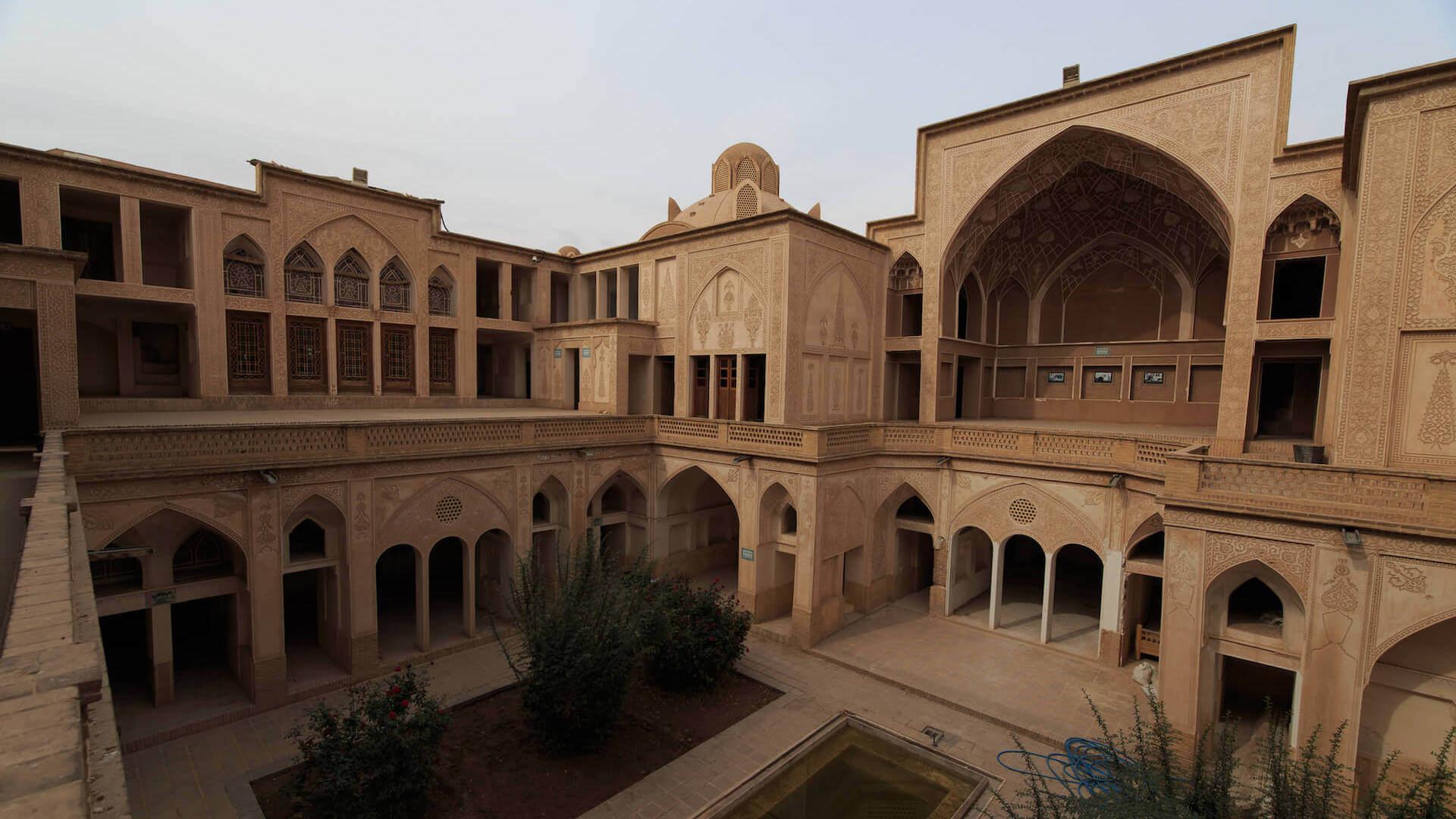 Binnenplaats van woonhuis in het centrum van Kashan