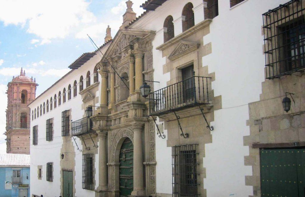 Gevel van het Casa la Moneda in Potosi, Bolivia