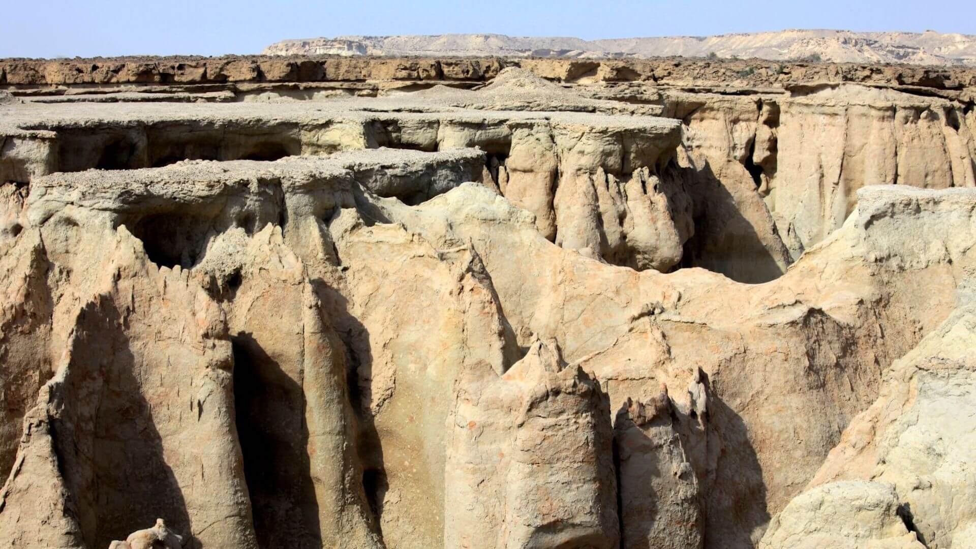 Vallei op het eiland Qeshm in Iran