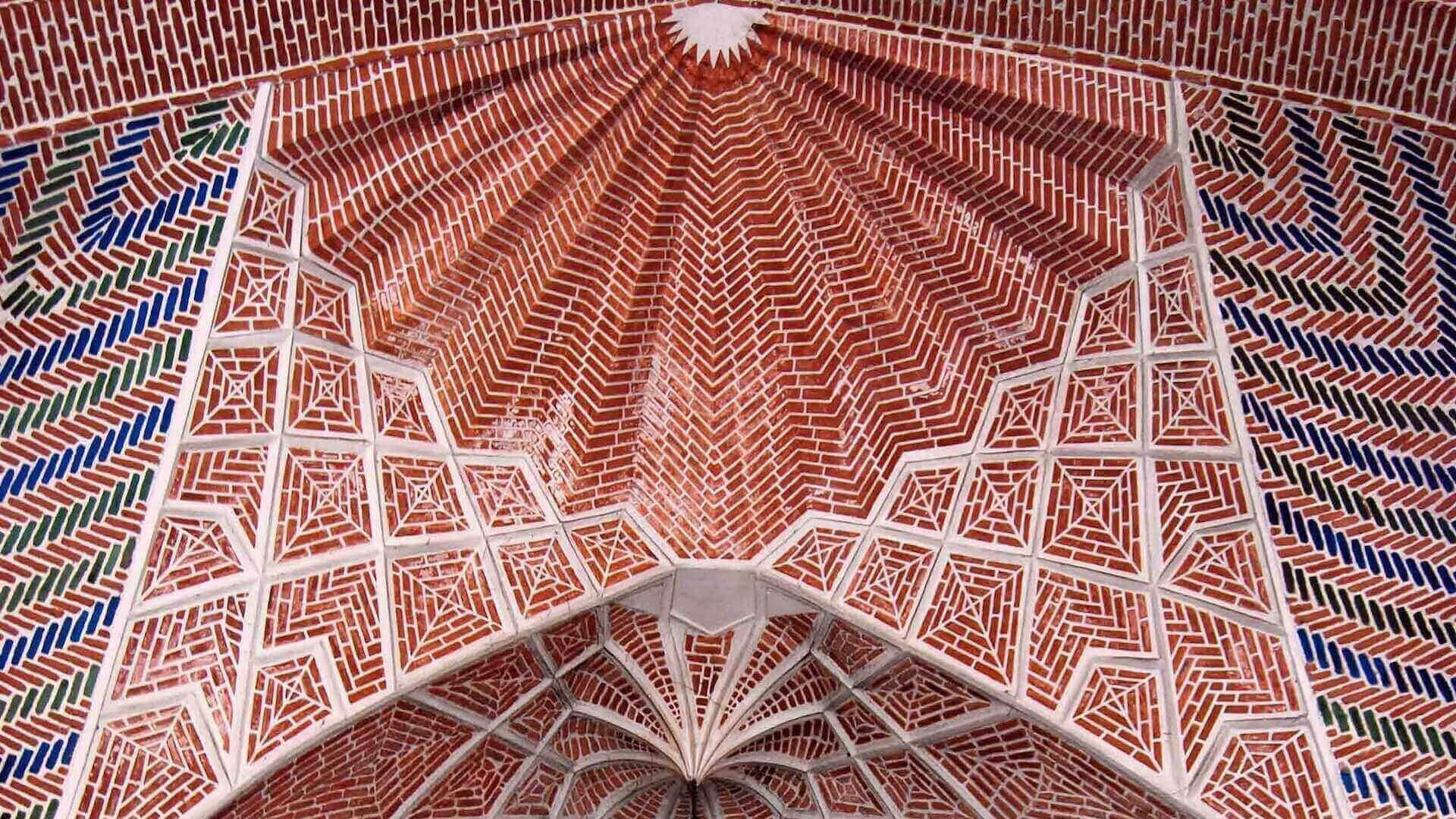 Plafond van de Bazaar van Tabriz in Iran