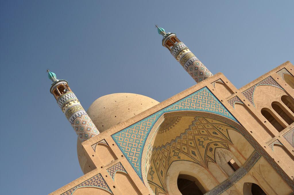 Minaretten van de Agha Bozorgmoskee in Kashan