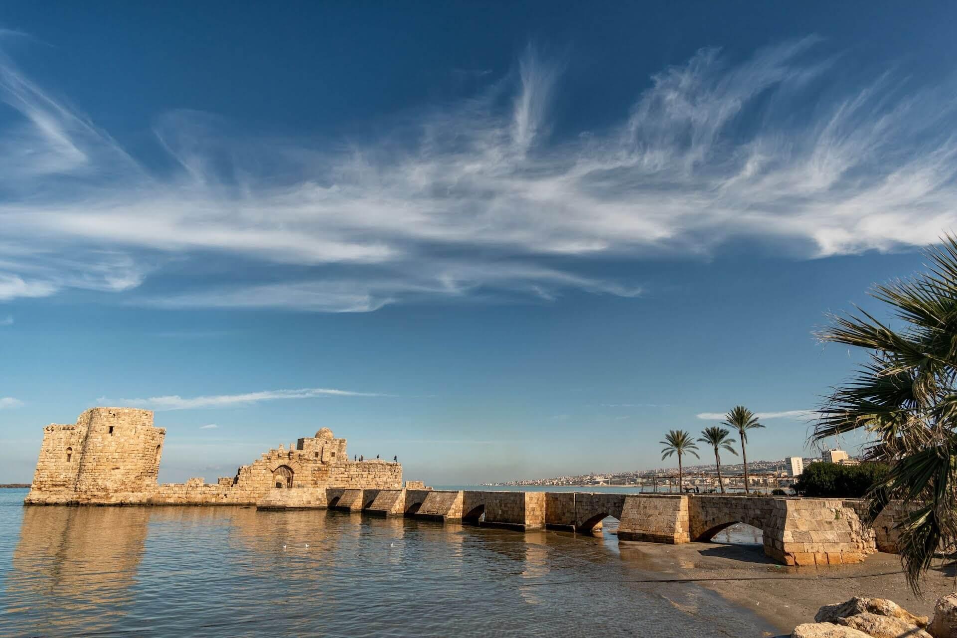 Het zeekasteel van Sidon in Libanon