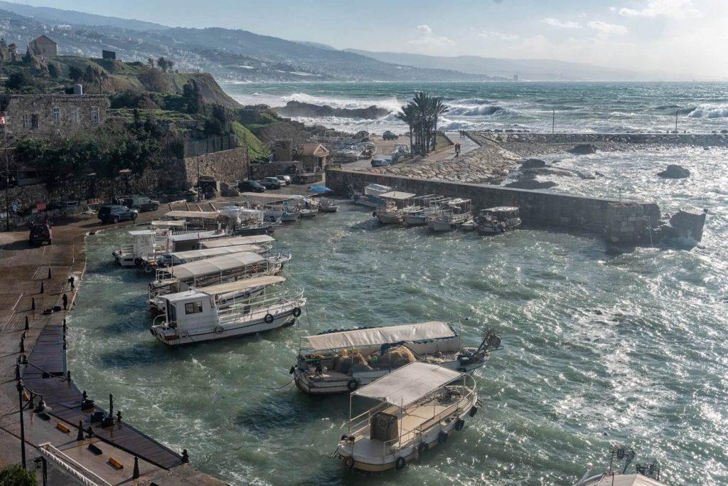 Bootjes in de oude haven van Byblos