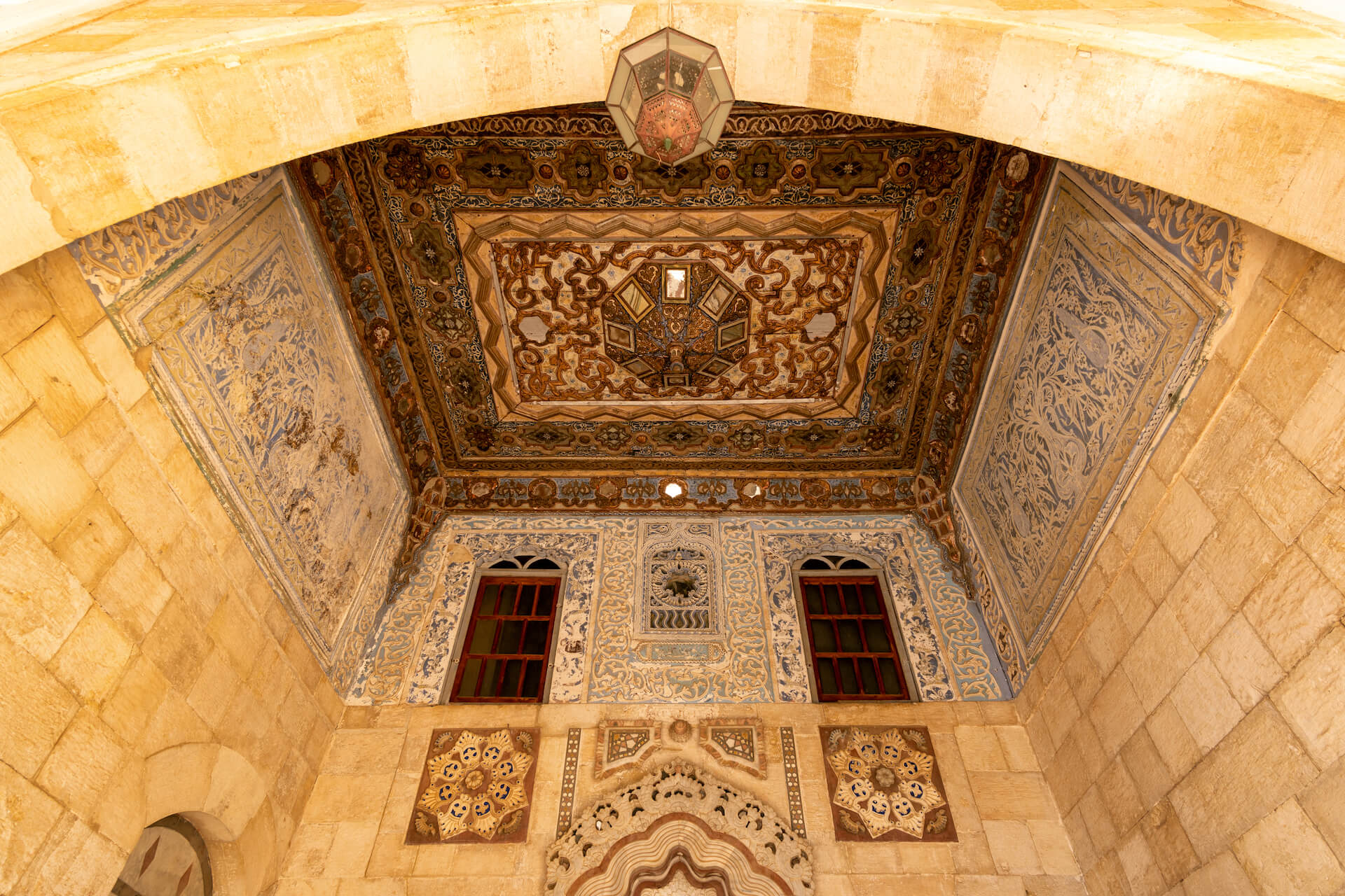 Plafond in het Beiteddine Paleis in Libanon
