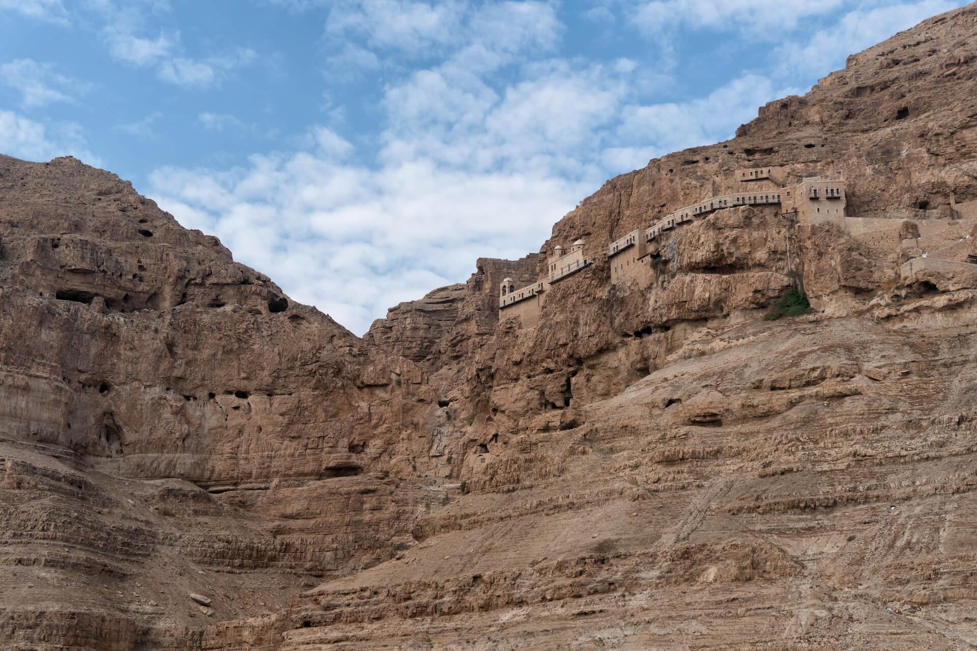 Het klooster van verleiding op de berg der verzoeking in Jericho
